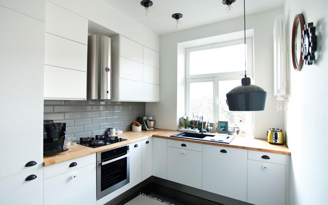 Jak Wykończyć ścianę W Kuchni Z Drewnianym Blatem