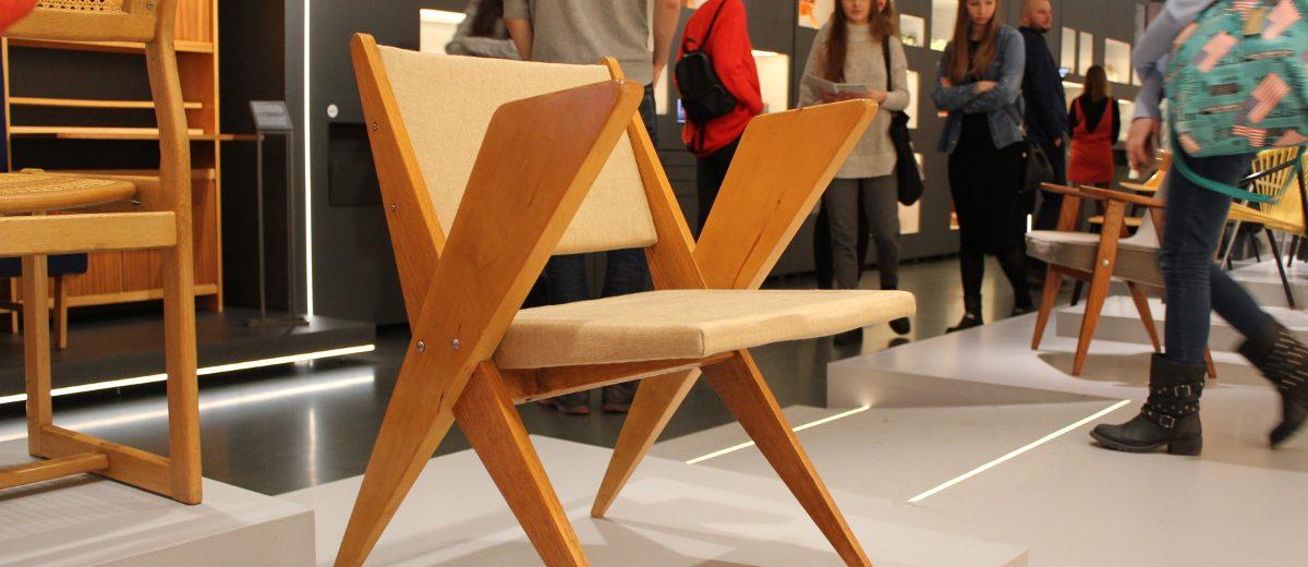 """Krzesło ,,Byk"""" według projektu Jana Kurzątkowskiego"""