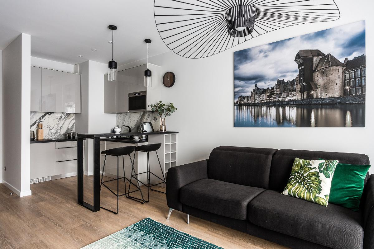 Designerska lampa Vertigo w nowoczesnym mieszkaniu