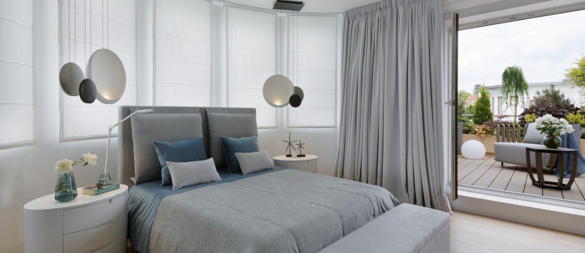 Szara sypialnia, proj. Hola Design