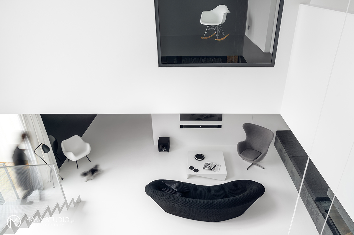 Dom w klimacie black & white   proj. MAKA.STUDIO, photo: Tom Kurek