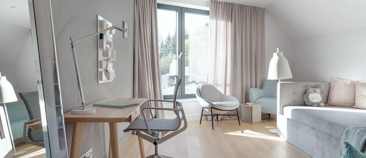 Wnętrze eko rezydencji w Chybach, proj. Ev Architects, foto.: Tom Kurek