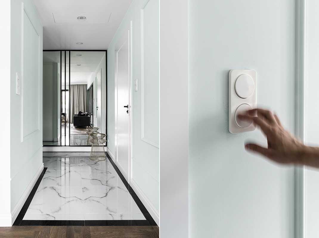 Marmurowa podłoga z akcentami mięty i złota w projekcie Mana Design