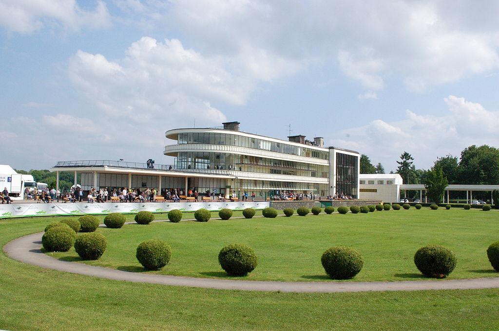 Budynek Wyścigów Konnych