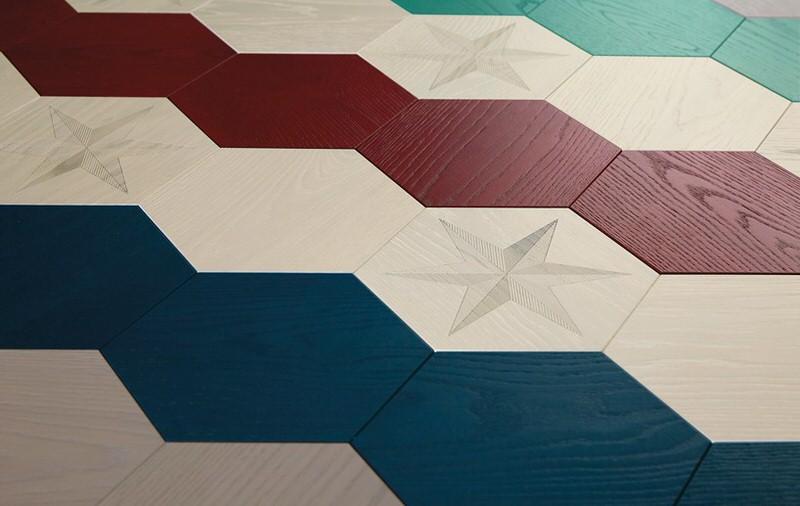 Drewniana podłoga heksagonalna Bisazza dostępne w Internity Home