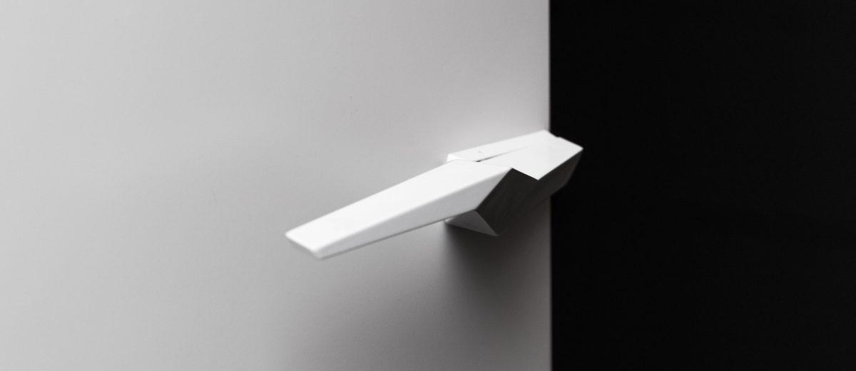 Designerska klamka Hewi - dostępna w naszych showroomach