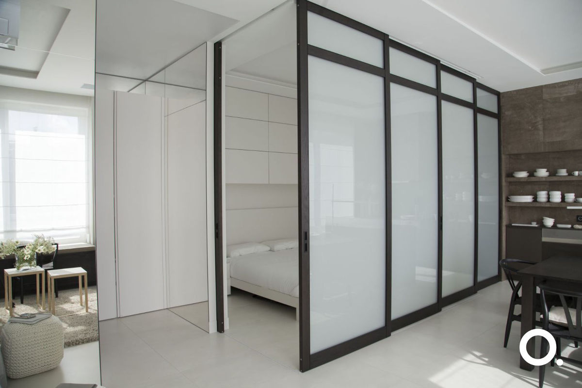 Sypialnia za przesuwnymi drzwiami | proj. Studio.O.