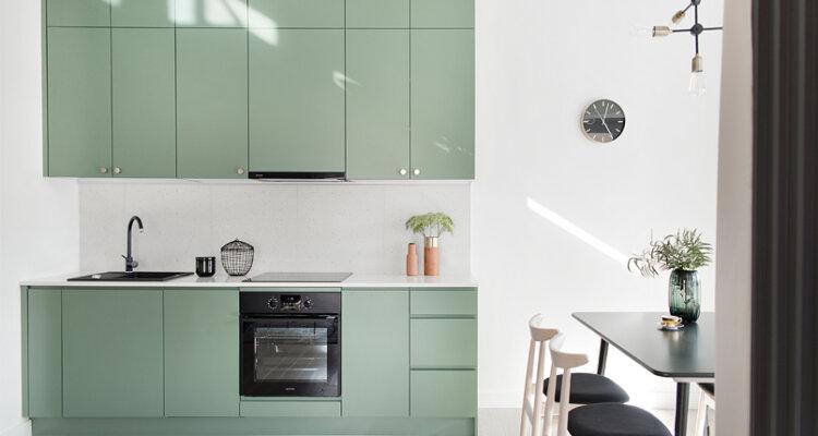 Kuchnia w kolorze | proj. Studio LOKO (zdjęcie: Magdalena Płoszaj)