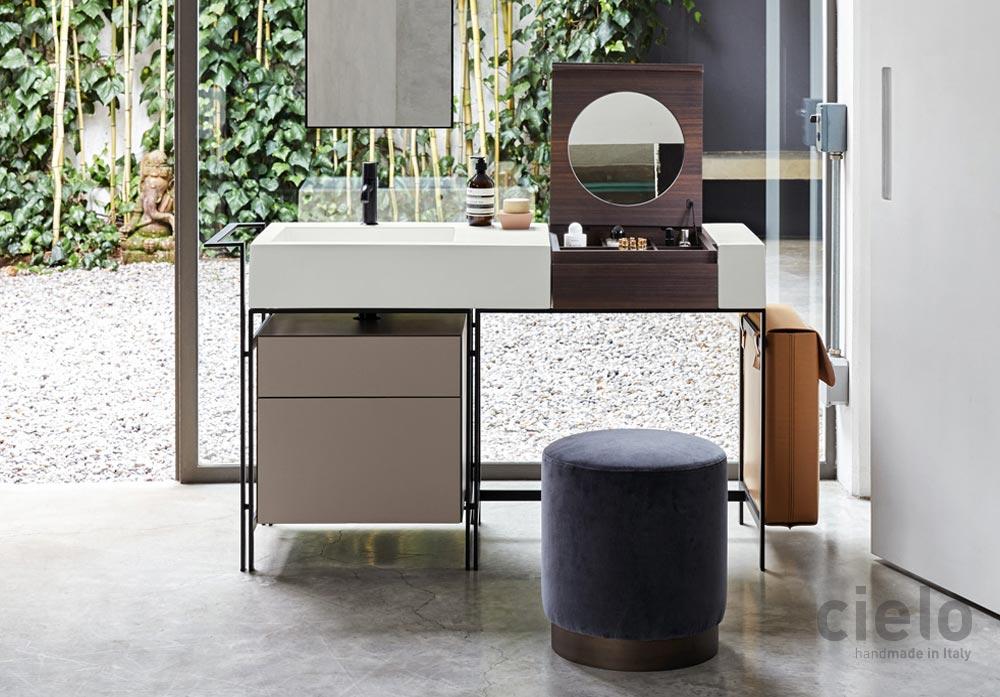 Umywalka i toaletka w jednym Narciso (design A. Parisio, G. Pezzano) - dostępna w naszych showroomach