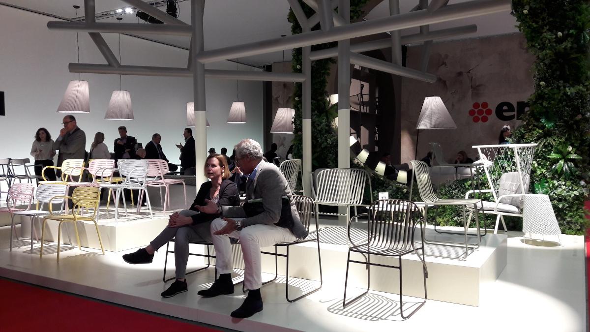 Meble outdoorowe marki EMU na targach w Mediolanie 2018