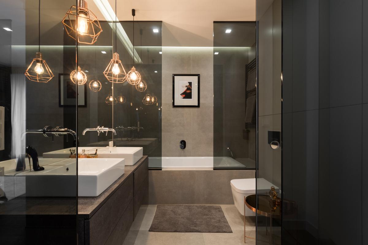 W projekcie łazienki znajdują się płytki Marazzi Brooklyn Grey (proj. Patrycja Dmowska)