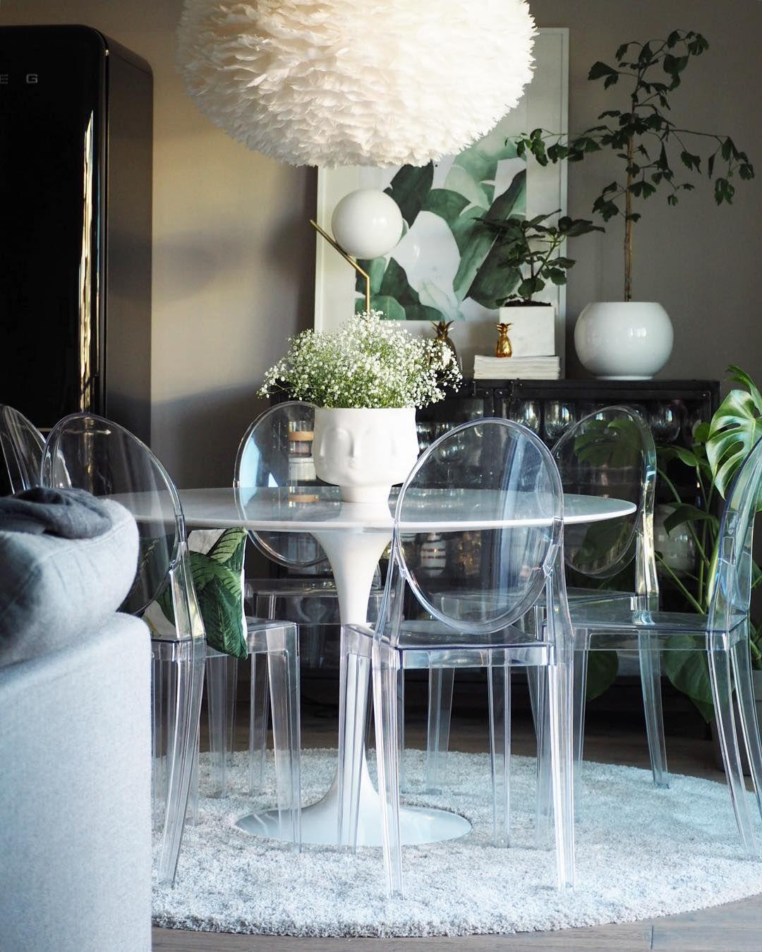 Krzesła Kartell zaprojektowane przez Philippe Starck