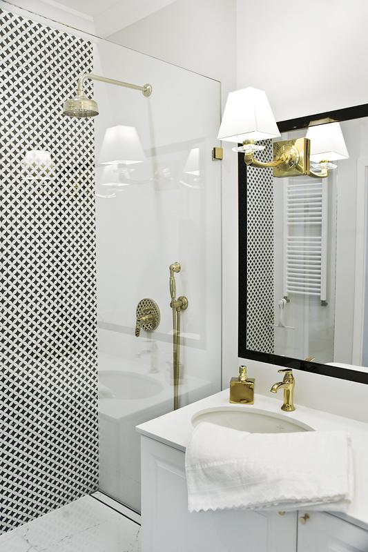 Mała łazienka również może wyglądać jak salon kąpielowy