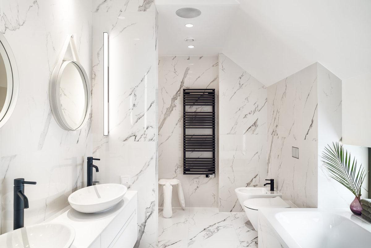 Łazienka w stylu klasycznym | proj. Ev Architects