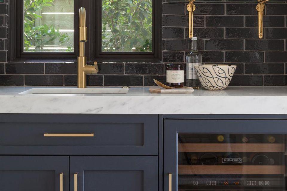 Navy Blue Kitchens That Look Cool And: Nowoczesna Armatura Do łazienki I Kuchni