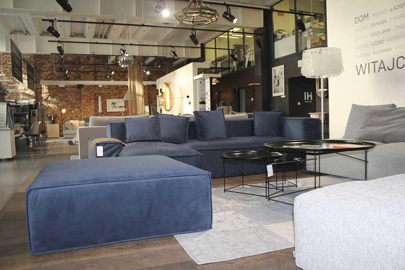 Narożnik Cushions na ekspozycji w showroomie Internity Home w Warszawie (ul. Duchnicka 3)
