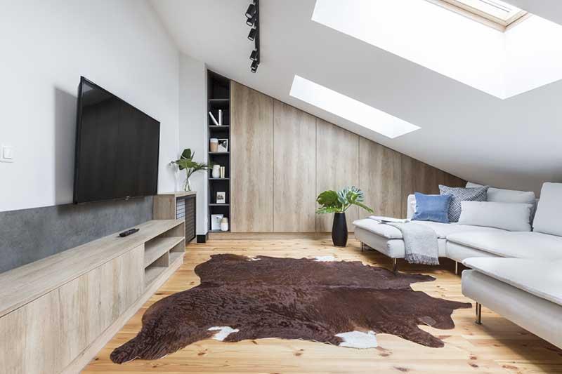 Okna dachowe często ratują skośne pomieszczenia | proj. One Design (Monika Pniewska)