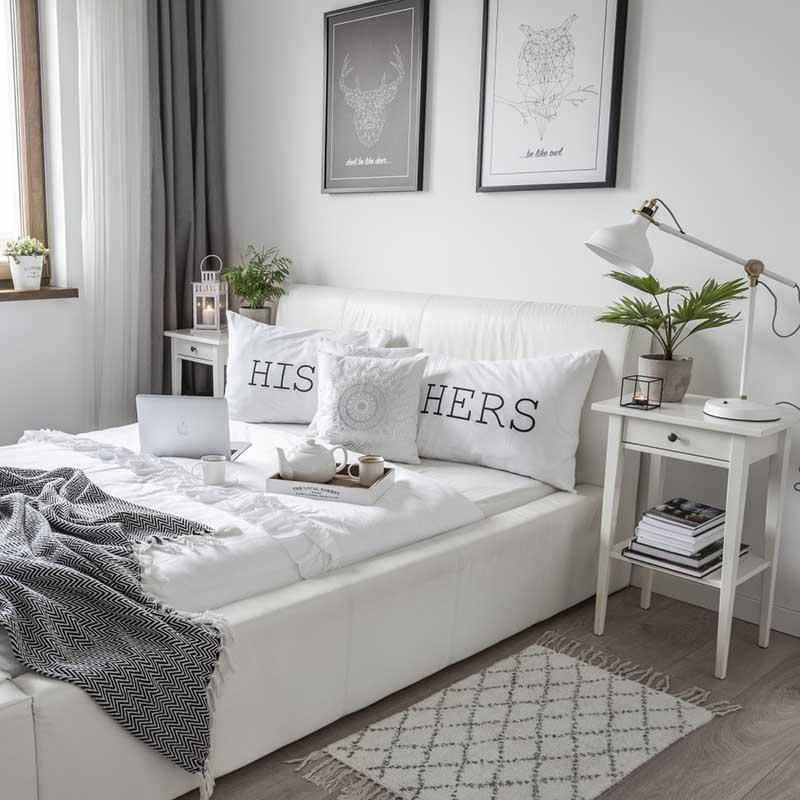 Sypialnia na piętrze | Źródło @tam_i_tu