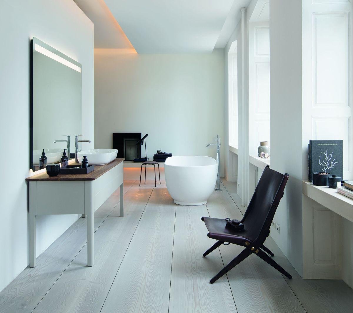 Kobieca łazienka w skandynawskim wydaniu (na zdjęciu linia Luv marki Duravit)