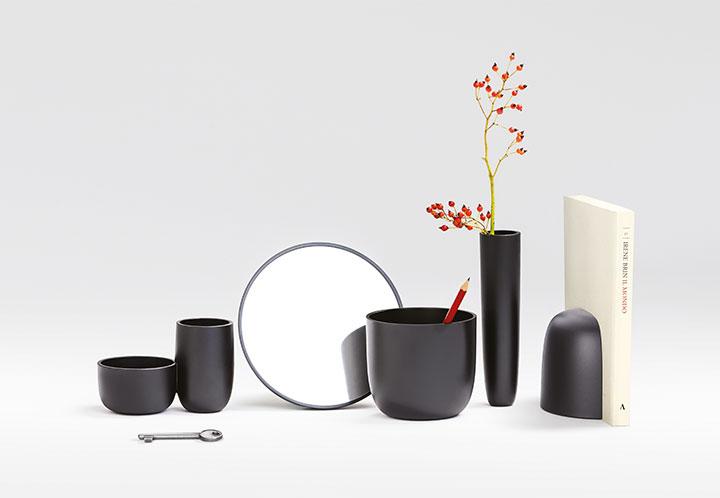 Kolekcja lamp Gaku marki Flos jest dostępna w naszych showroomach: Internity Home i Prodesigne