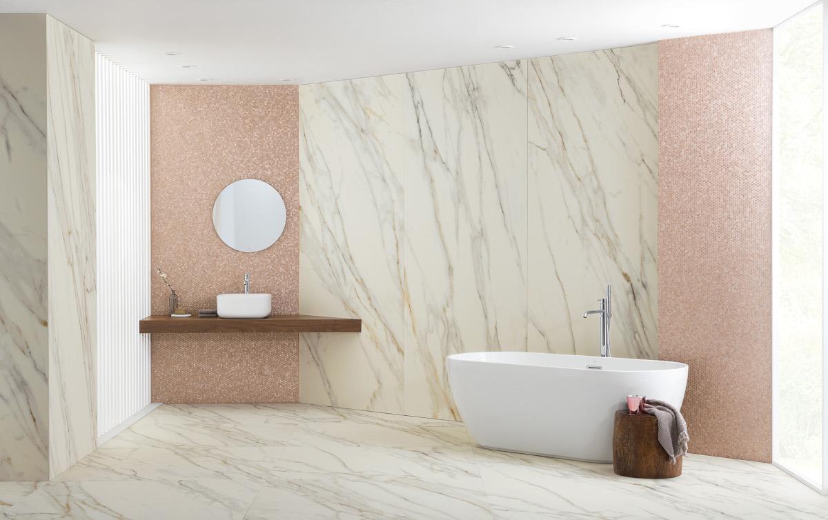 X Light Premium Gold - piękna aranżacja łazienki z płytkami wielkoformatowymi i mozaiką Gold Rose