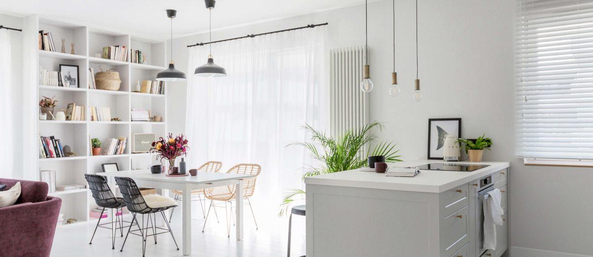 Kuchnia otwarta na salon i jadalnię | proj. Dash Interiors