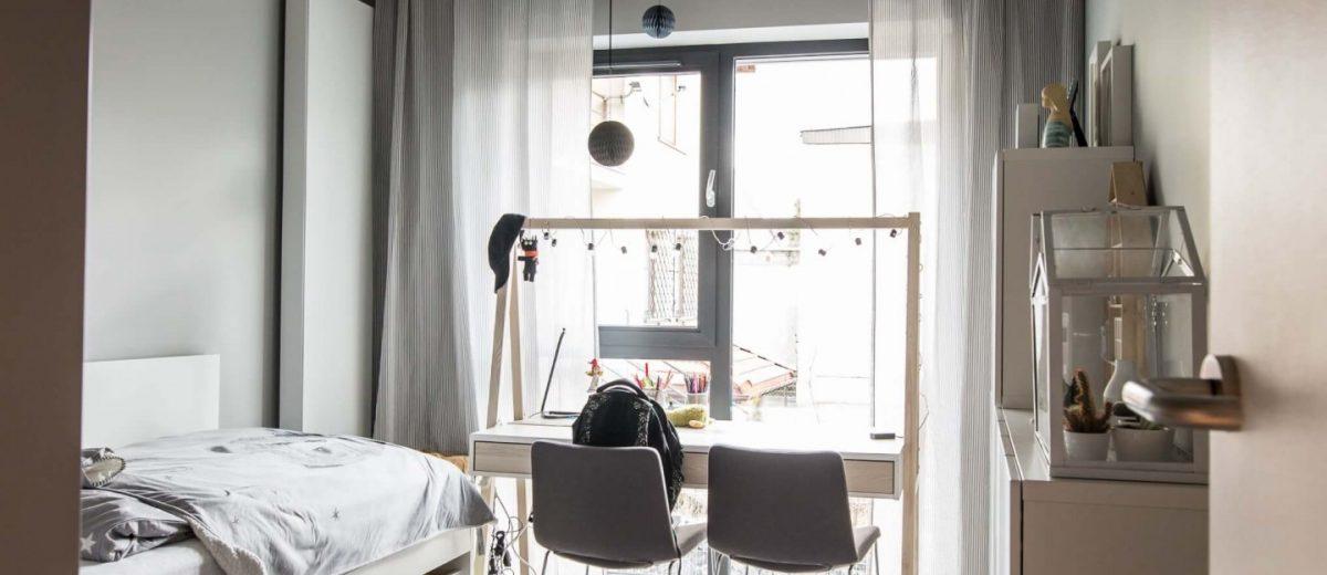 Całe mieszkanie jest utrzymane w jednej stylistyce, co gwarantuje spójność projektu
