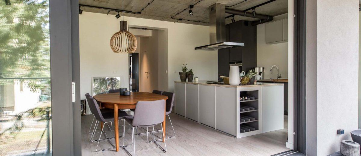 Połączenie stylu skandynawskiego i industrialnego | proj. NOWW Studio