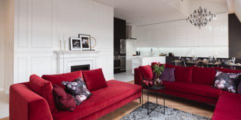 bordowy sofy