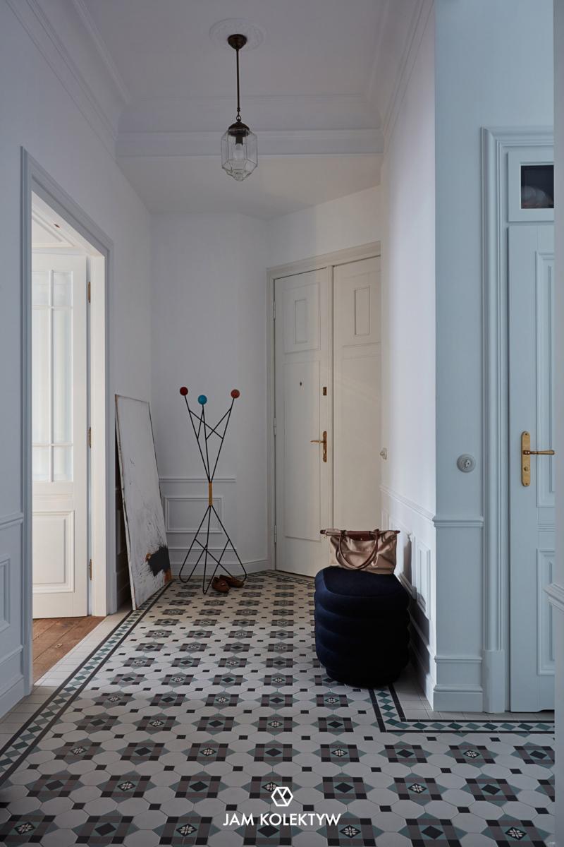 Płytki potrafią doskonale definiować charakter wnętrza (Fotografia: Jola Skóra | Stylizacja: Anna Olga Chmielewska | Asystentka stylistki: Małgorzata Moritz)