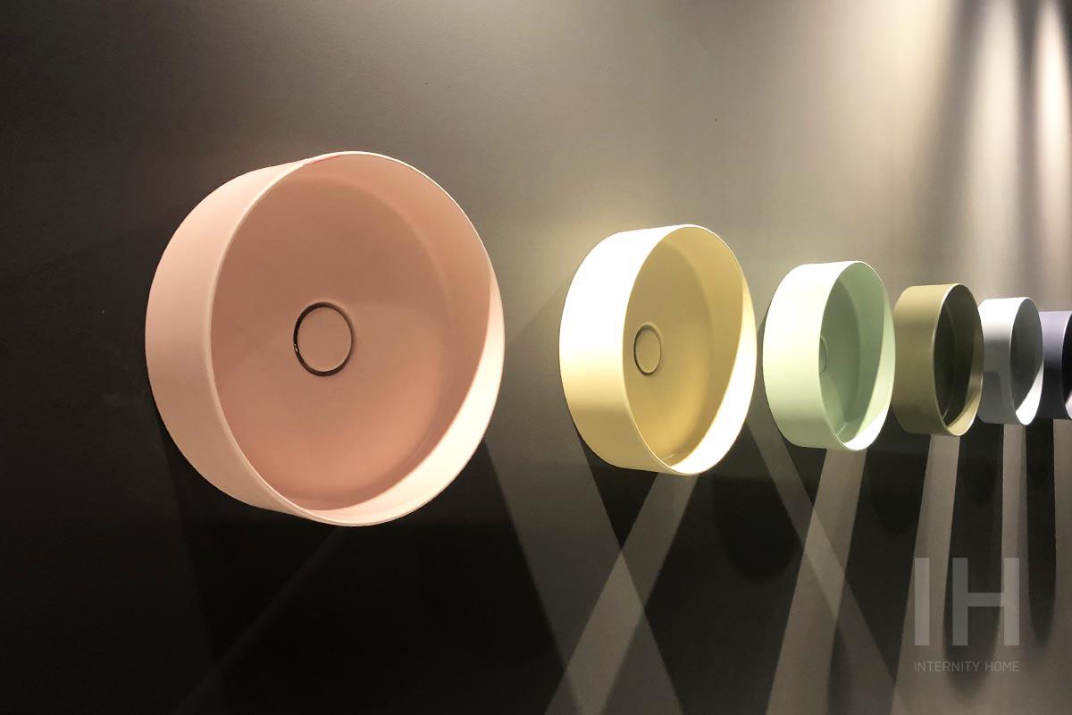 Nowe kolory umywalek polskiej marki HushLab (od lewej: Rose matt, Ivory matt, Light green matt, Green military matt, Ash matt, Indigo matt)