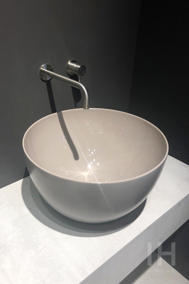 szara umywalka nablatowa hushlab