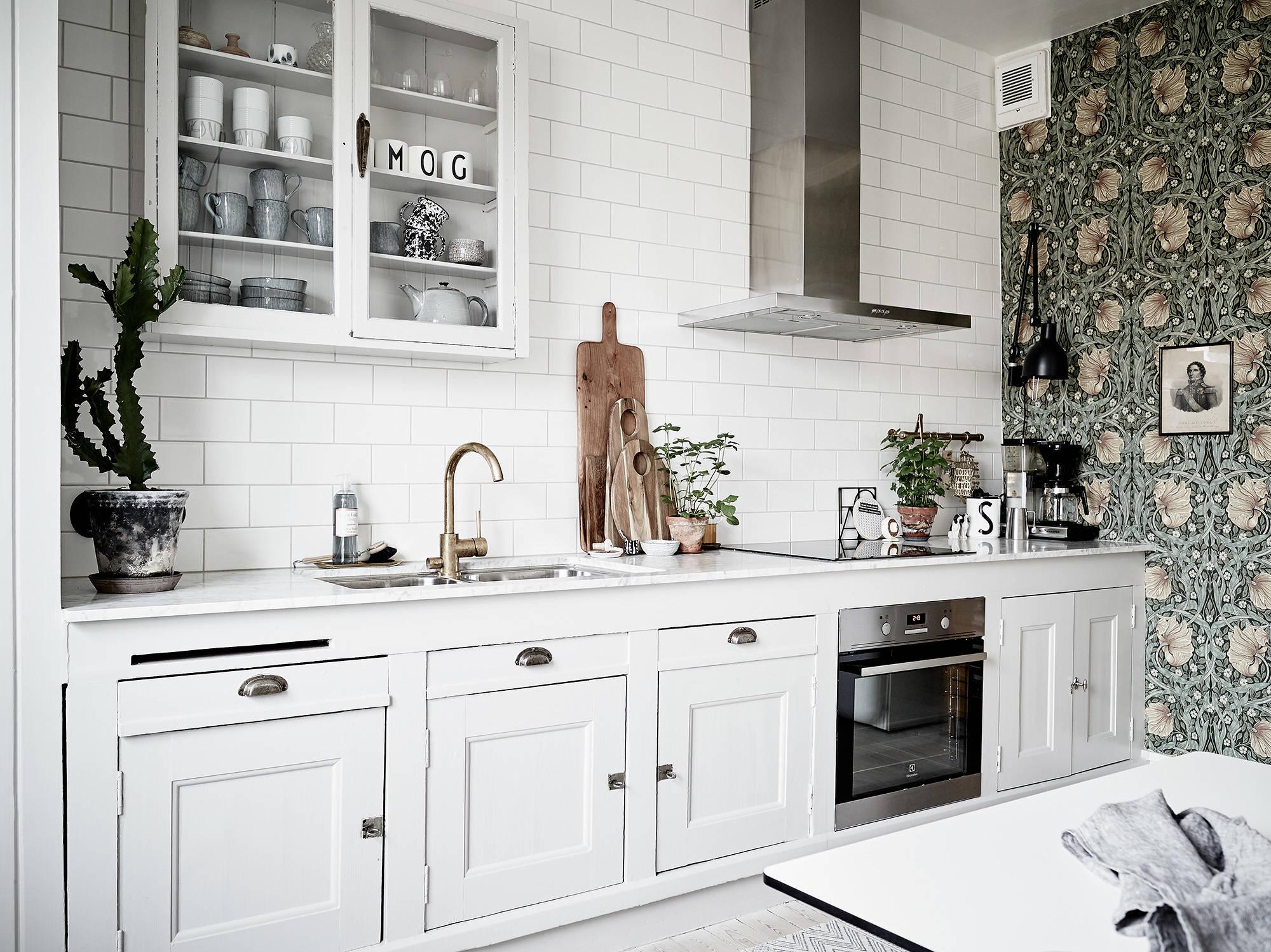 Tapeta w kuchni z płytkami typu metro od porducenta Vogue