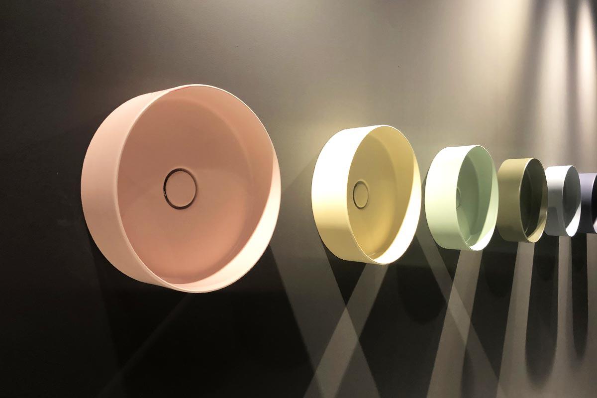 Kolorowa ceramika Hushlab dostępna w Internity Home i Prodesigne