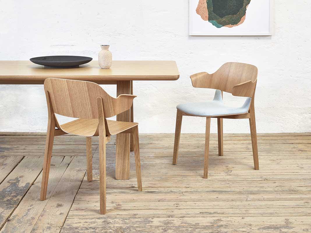 Krzesło barowe 813 marki TON