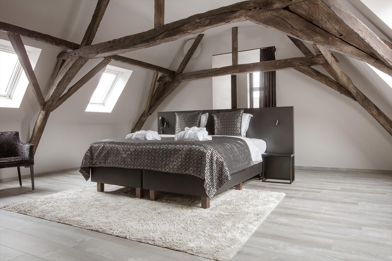 Podłoga winylowa w sypialni (źródło: www.pro.pergo.pl)