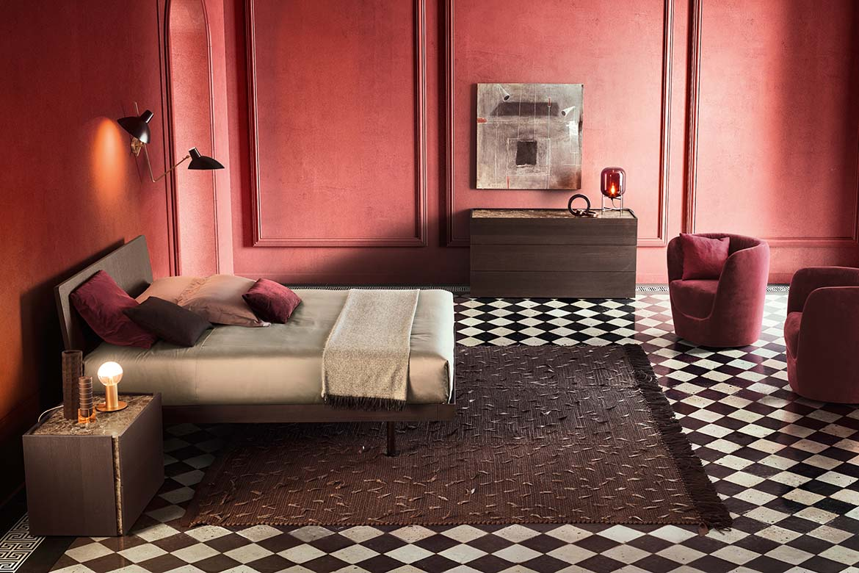 Odważna aranżacja sypialni z meblami włoskiego brandu Pianca