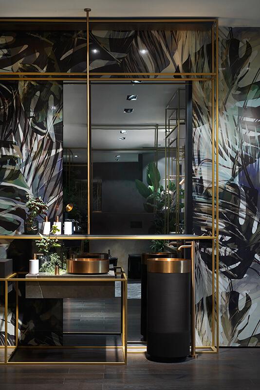 Najlepszy światowy design dostępny na wyciągnięcie ręki w naszych showroomach - na zdjęciu baterie włoskiego brandu Gessi