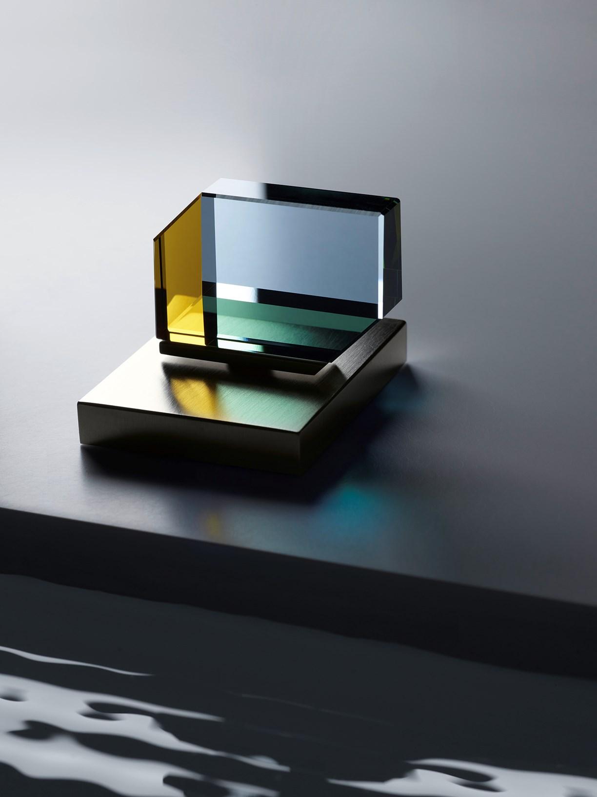 Niesamowite baterie Dornbracht ze szkła