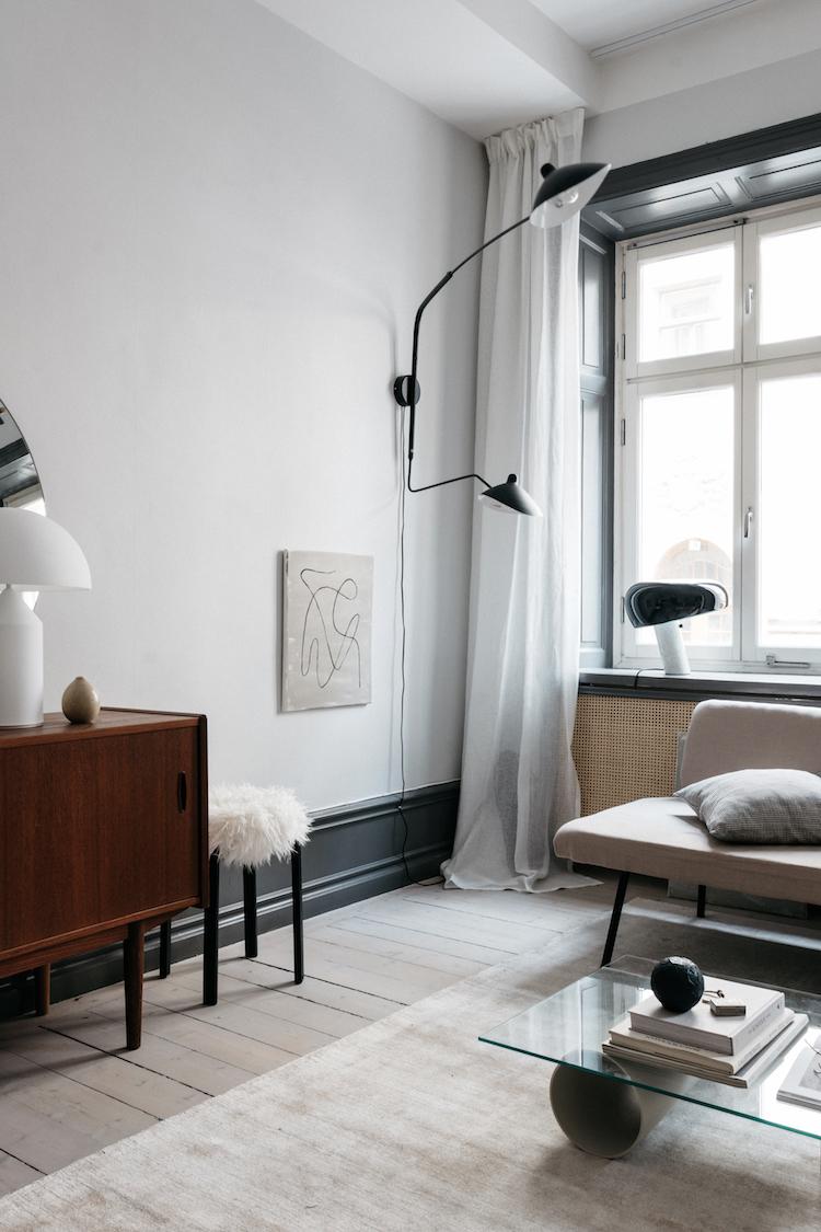 Stylowe wnętrze z minimalistyczną grafiką