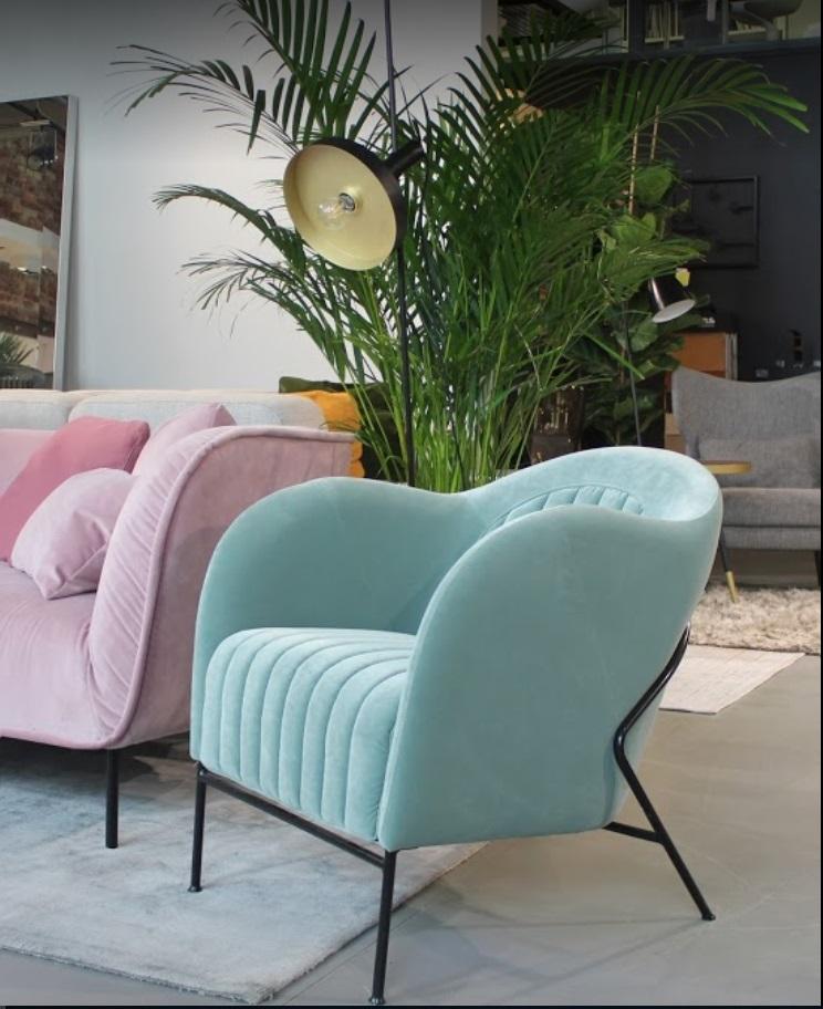 Fotel Neo Mint Sits kolekcja MINI dostępny w naszych salonach w różnych kolorach tapicerki