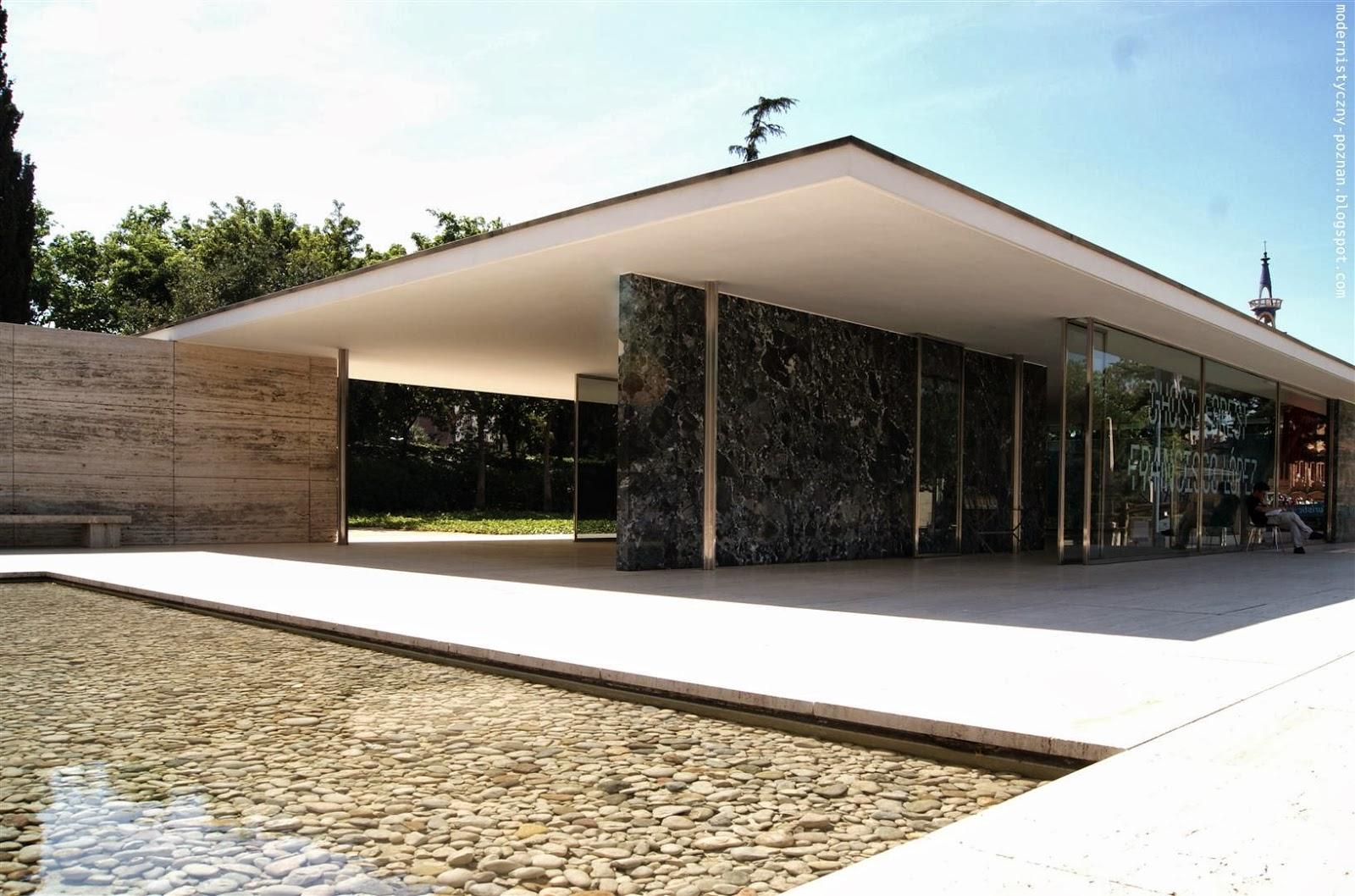 Pawilon Miesa van der Rohe w Barcelonie