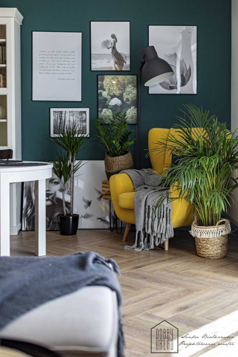 Połączenie zieleni i żółci doskonale pasuje do stylu new boho | proj. Dobry Układ Sandra Białkowska, zdj. Studio Prototypownia