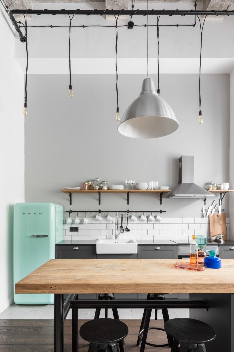 Kuchnia w lofcie   proj. Lokal Studio