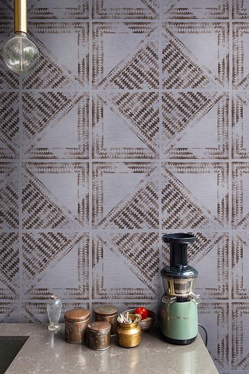 Tapeta Santiago z nowej kolekcji Wet System od Wall & Deco