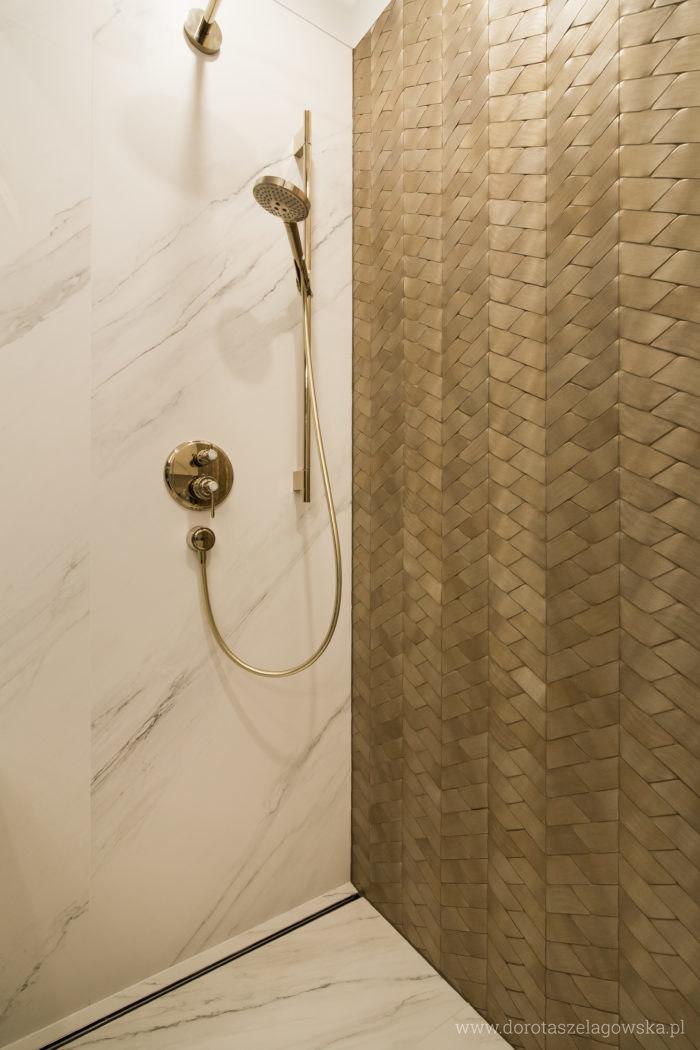 zlota-mozaika-2-700x1050.jpg