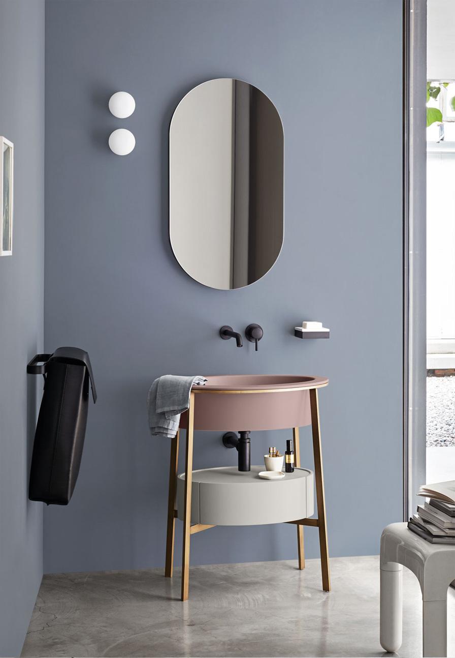 Jednym z najbardziej luksusowych producentów ceramiki występującej w różnych kolorach jest Cielo - brand dostępny w naszych showroomach