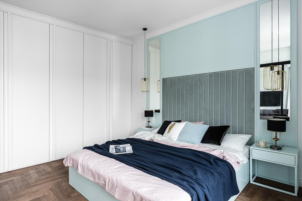 Duże tapicerowane zagłowie sprawdzi się w sypialniach osób lubiących czytać przed snem (proj. Mana Design, zdj. Fotomohito)