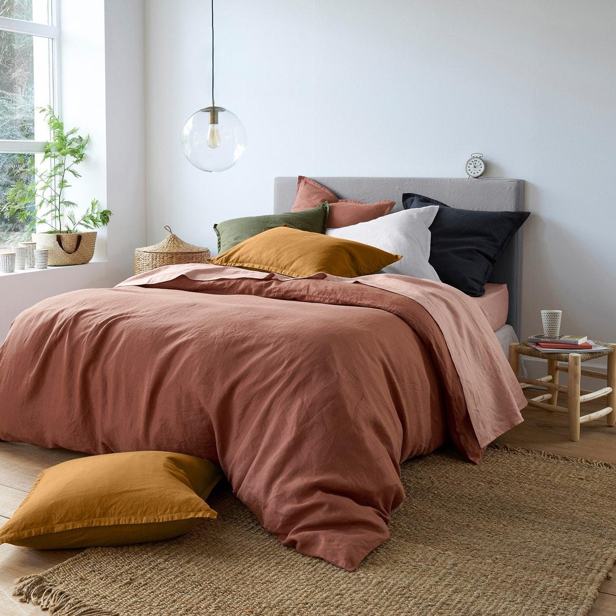 Sypialnia mocna kolorem