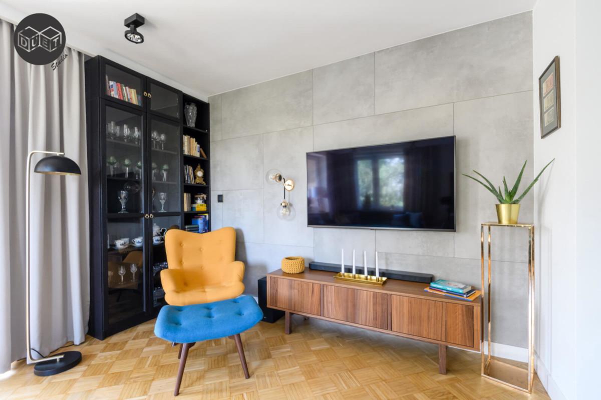 Aranżacja ściany telewizyjnej w salonie | proj. Duet Studio